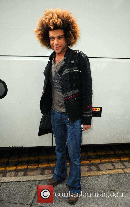Arrives at his hotel ahead of tonight's X...