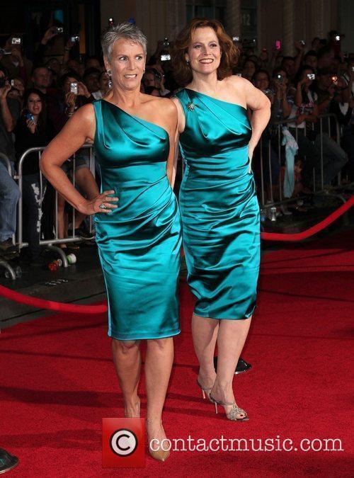 Jamie Lee Curtis and Sigourney Weaver 2