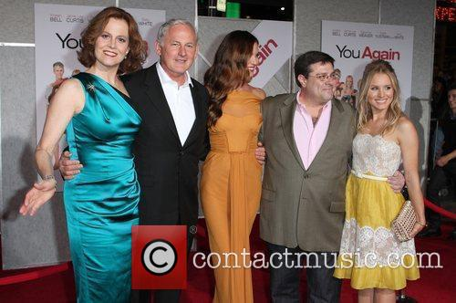 Sigourney Weaver, Andy Fickman, Kristen Bell, Odette Yustman and Victor Garber 7