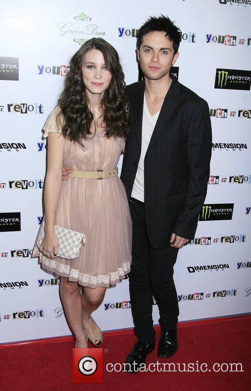 Rooney Mara and Thomas Dekker 3