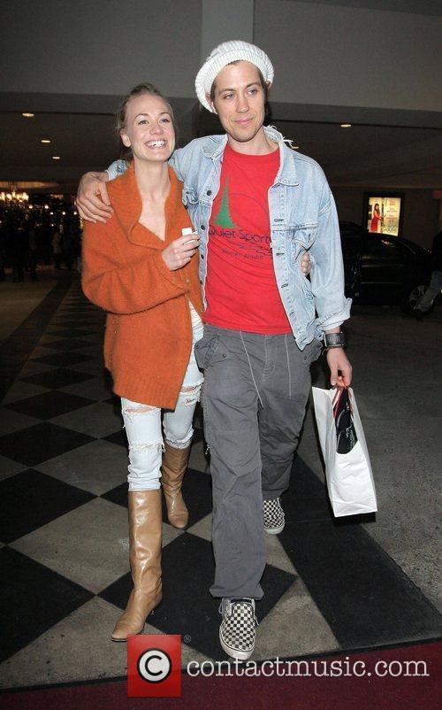 Yvonne Strahovski and her boyfriend do some last...