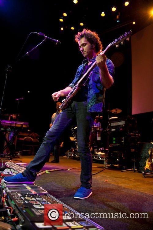 Dweezil Zappa, The Roundhouse