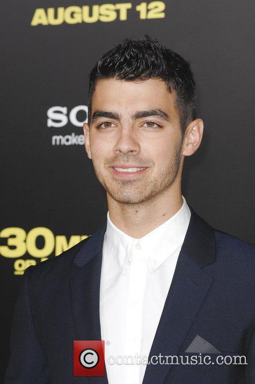 Joe Jonas  Los Angeles Premiere of 30...