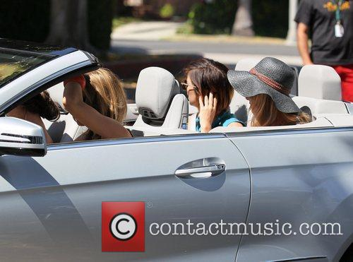 Shenae Grimes, AnnaLynne McCord, Gillian Zinser and Jessica Stroup 3