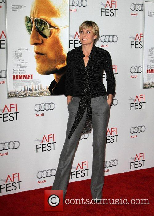 Robin Wright and Grauman's Chinese Theatre 5