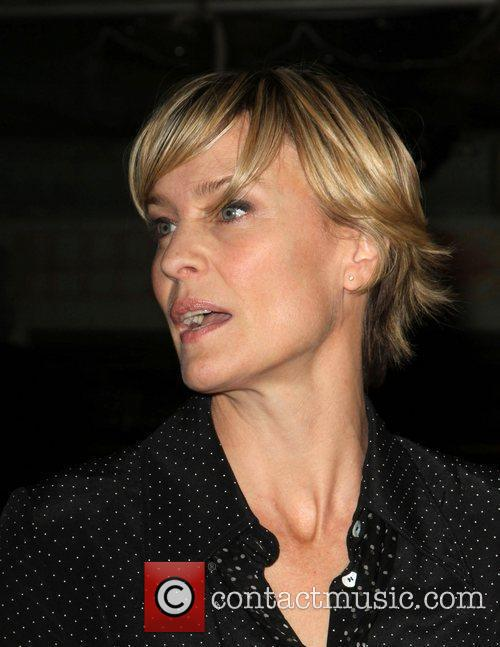 Robin Wright and Grauman's Chinese Theatre 1