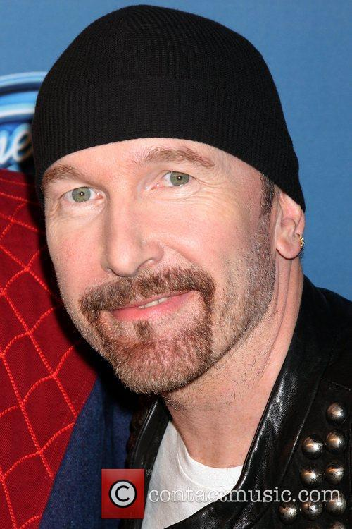 The Edge The 2011 American Idol Finale -...