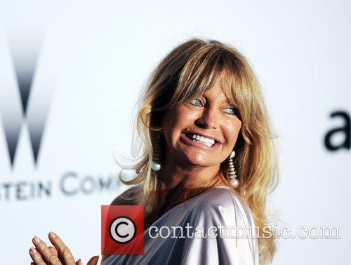 Goldie Hawn and Karl Lagerfeld 2