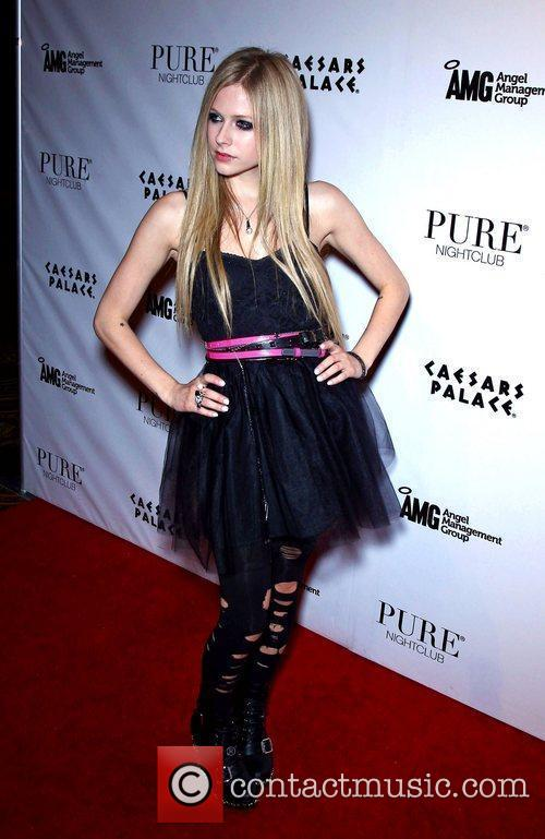 Avril Lavigne, Pure Nightclub