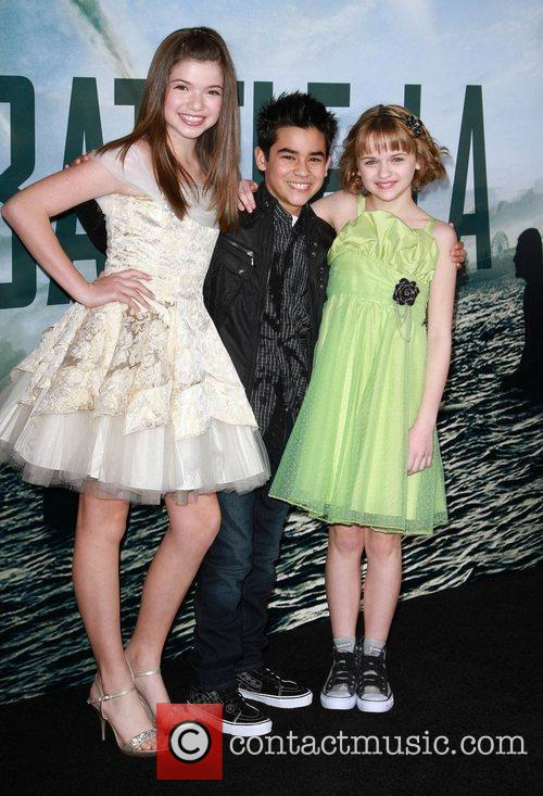 Jadin Gould and Joey King 3