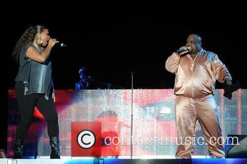 cee lo green and queen latifa perform 3626162