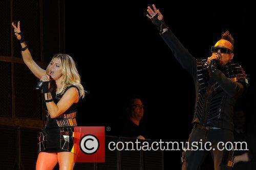Stacy Ferguson aka Fergie and apl.de.ap perform during...