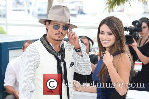Johnny Depp and Penelope Cruz 9