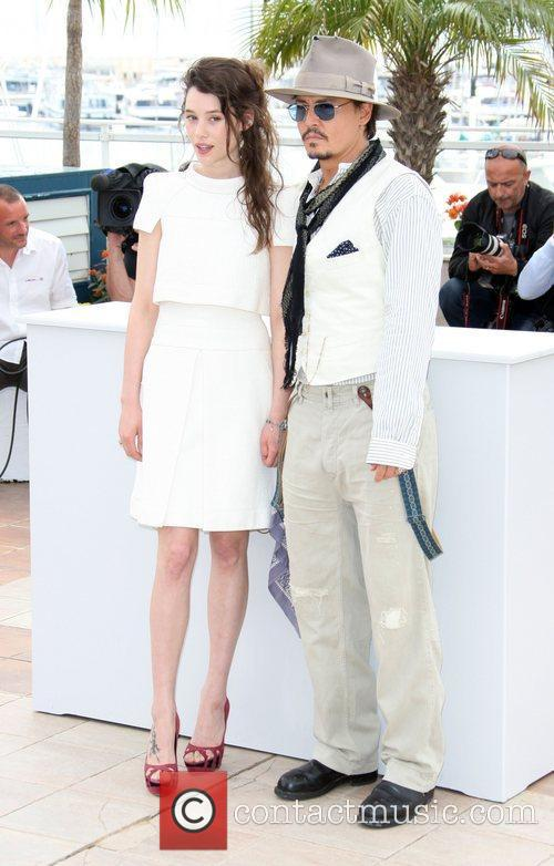 Astrid Berges-frisbey and Johnny Depp 5
