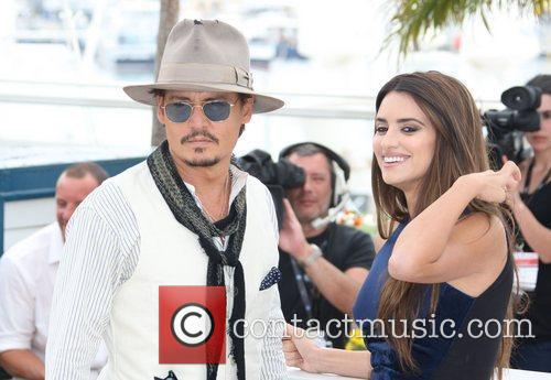 Johnny Depp and Penelope Cruz 12
