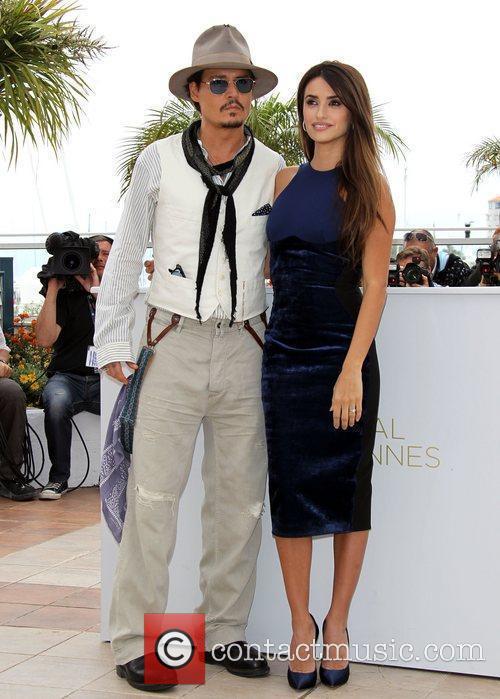 Johnny Depp and Penelope Cruz 2