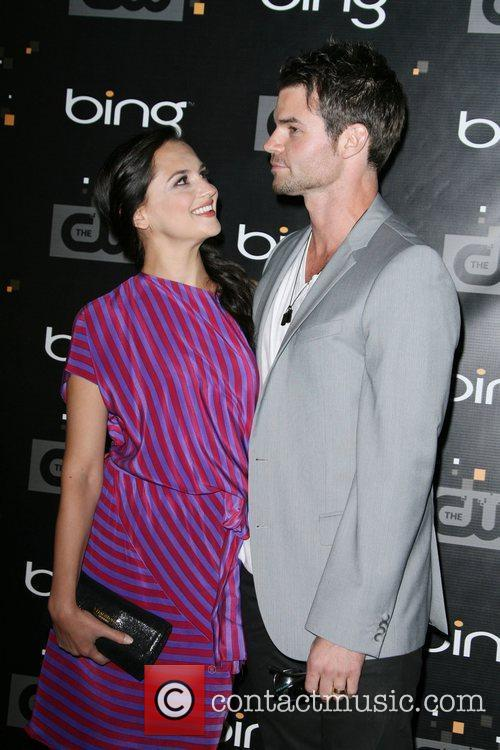 Rachael Leigh Cook and Daniel Gillies The CW's...