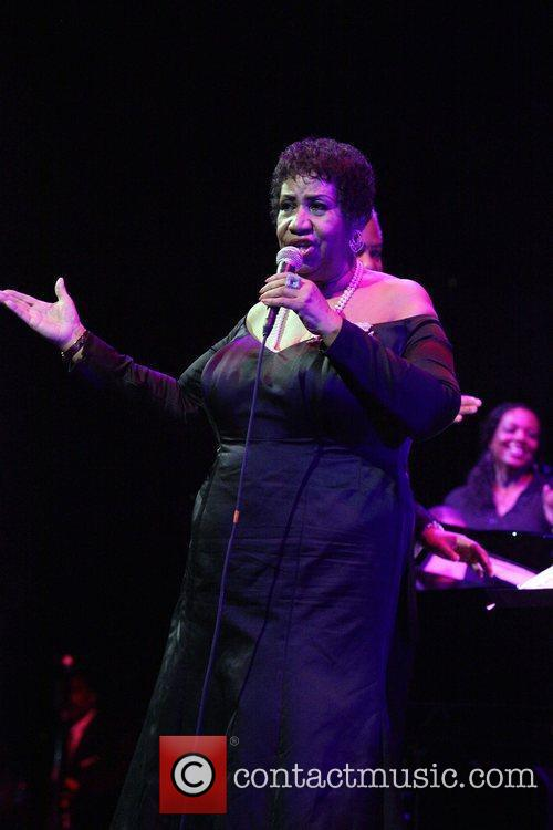 Aretha Franklin Candie's Foundation 2011 event to prevent...