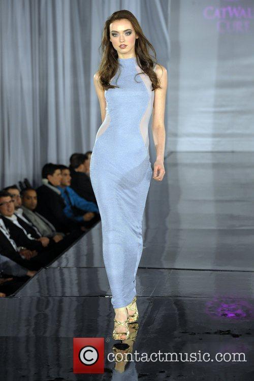 Model (fashion By Nada) 5