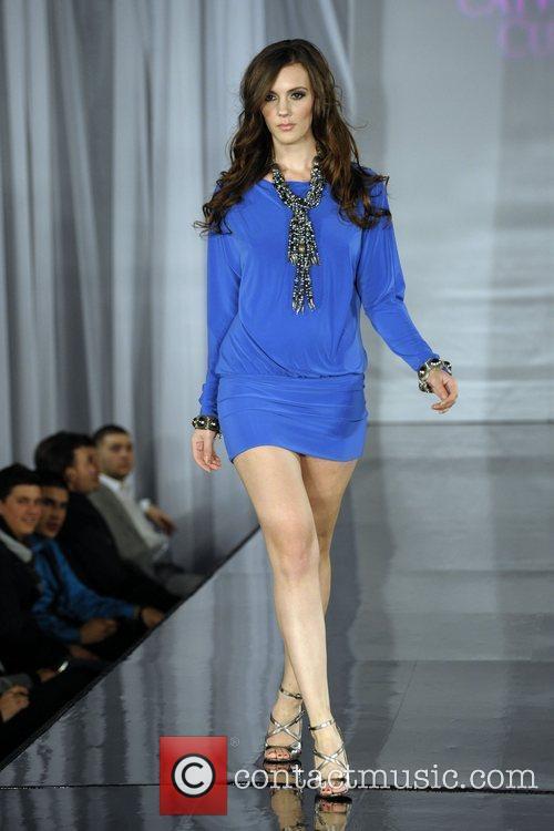Model (fashion By Nada) 6