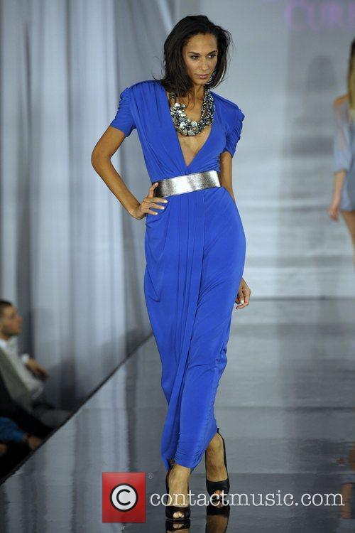 Model (fashion By Nada) 3