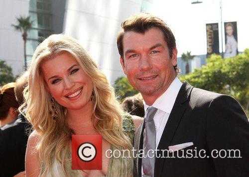 Rebecca Romijn (L) and Jerry O'Connell 2011 Primetime...