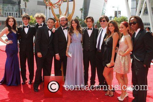 Cast Of 'victorious' and Emmy Awards 2