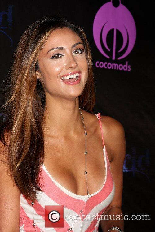 Katie Cleary The Dreamworld Benefit Concert for Falling...