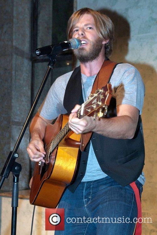 Wes Carr, winner of Australian Idol Earth Hour...