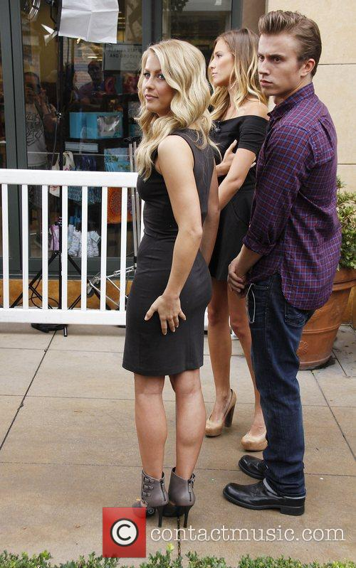 Kenny Wormald and Julianne Hough 5