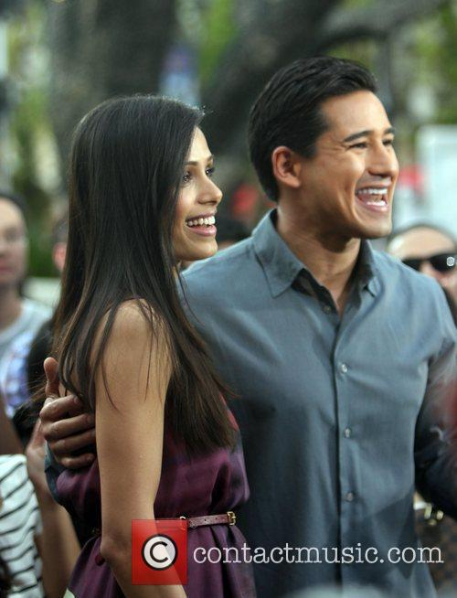 Freida Pinto and Mario Lopez 10