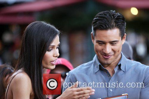 Freida Pinto and Mario Lopez 1