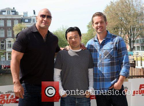 Dwayne Johnson, Justin Lin and Paul Walker 4