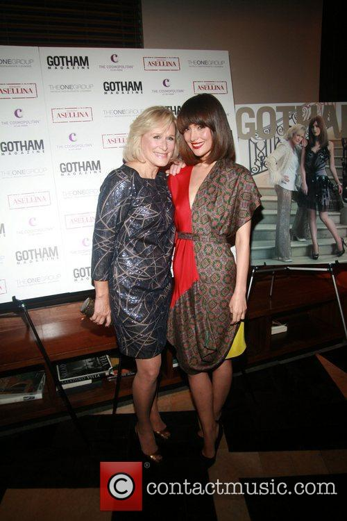 Glenn Close and Rose Byrne 6