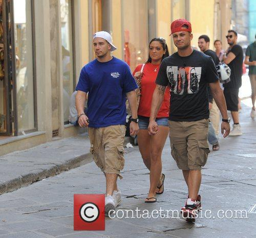 Jersey Shore cast members make their way back...