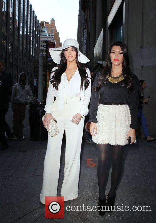 Kim Kardashian and Kourtney Kardashian 13