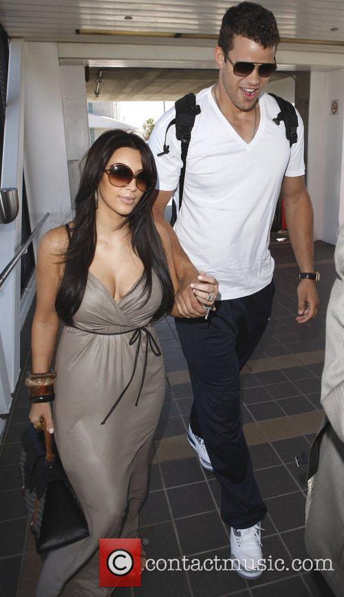 Kim Kardashian, Commitments, Kris Humphries and New Jersey Nets 8