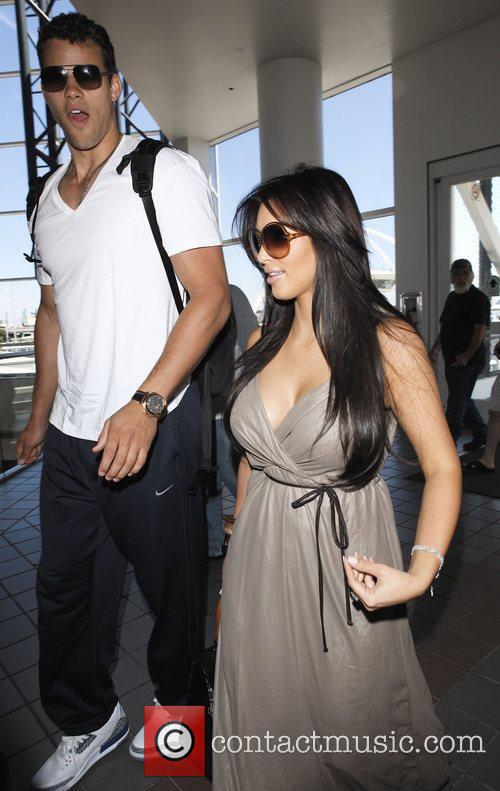 Kim Kardashian, Commitments, Kris Humphries and New Jersey Nets 3