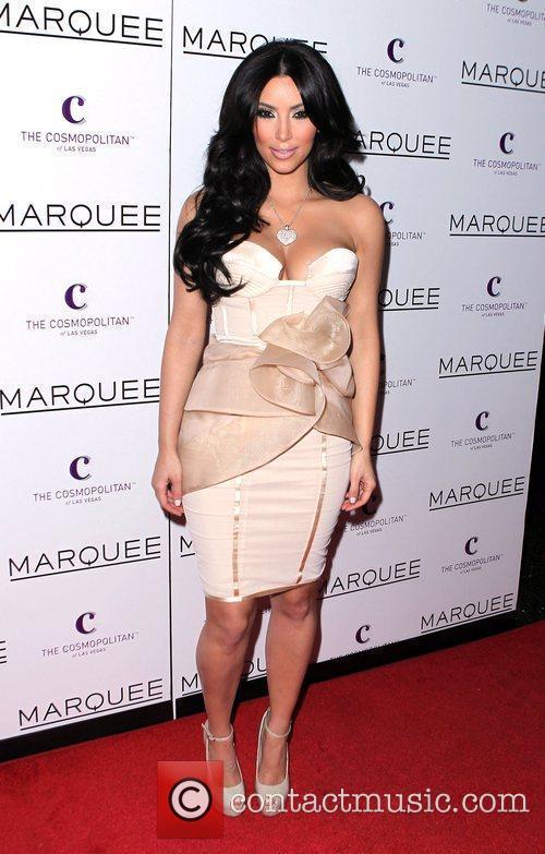 Kim Kardashian and Las Vegas 17