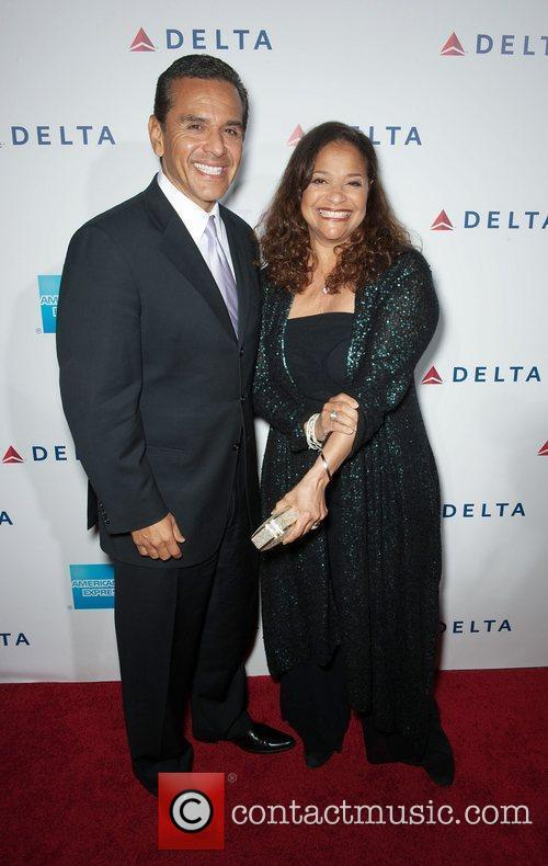 Debbie Allen and Celebration 4