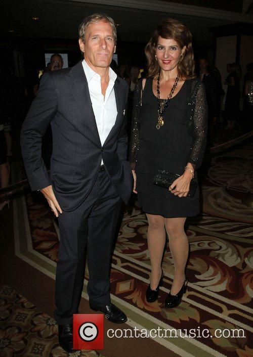 Michael Bolton and Nia Vardalos