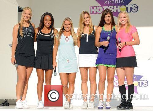 Sabina Lisicki, Heather Watson, Dominika Cibulkova, Alize Cornet...
