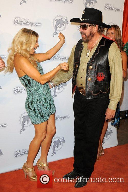 Fergie and Hank Williams Jr 5