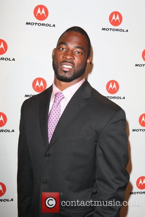 Justin Tuck  the DROID RAZR by Motorola...
