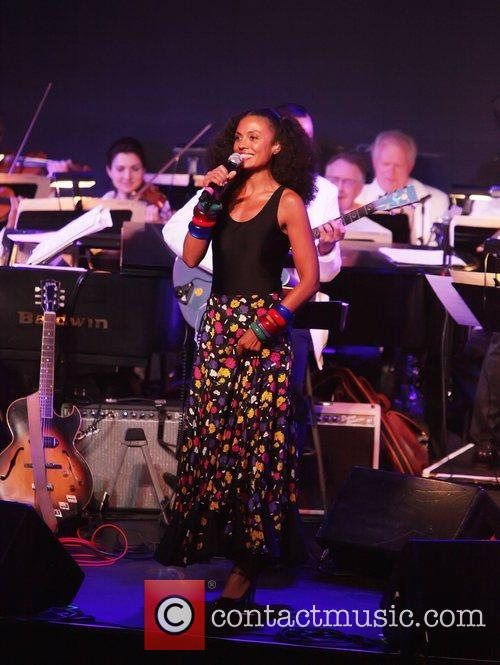 Singer, Amel Larrieux  City Parks Foundation presents...