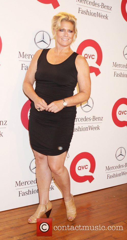 Are plus size model emme aronson