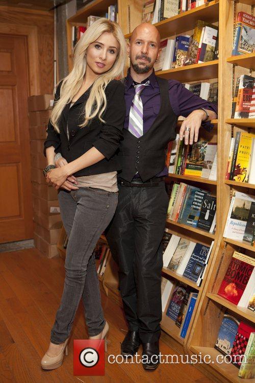 Ingrid De La O and Neil Strauss...