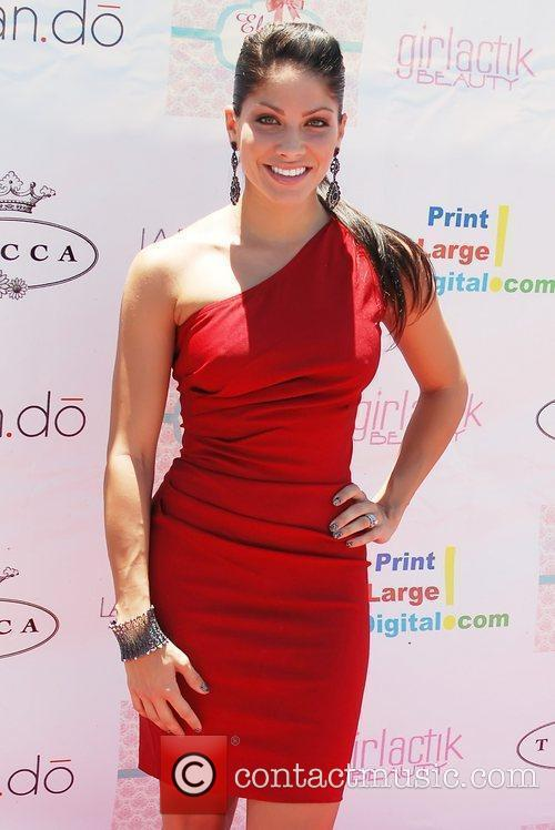 Valery Ortiz  A Scent for Humanity Launch...