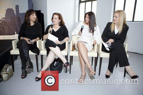 Caroline Kim ( Editorial Dit LX.TV) & Laurie...