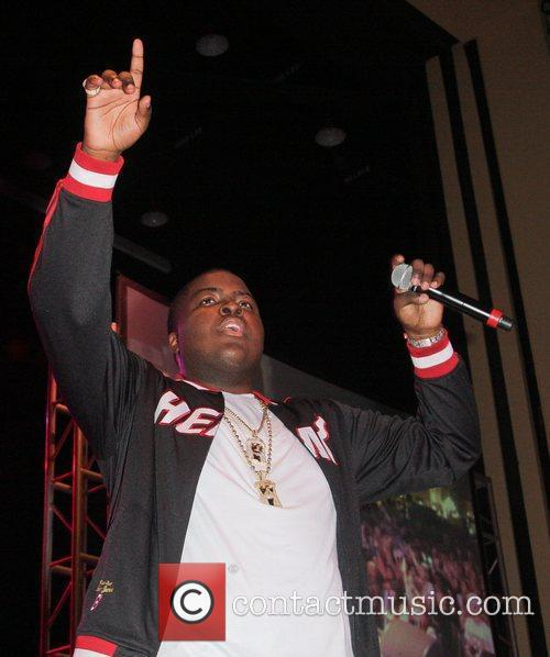 Sean Kingston  Think Pink Rocks - Show...